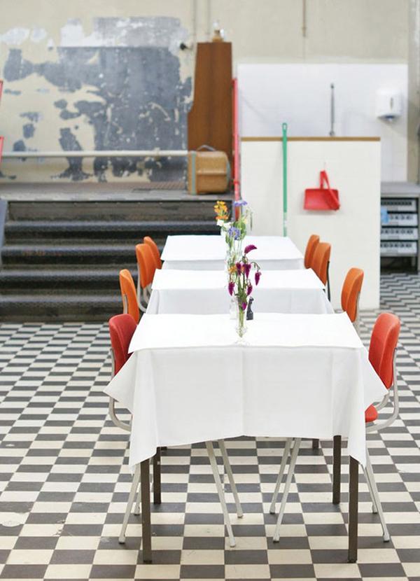 temporary restaurant_01